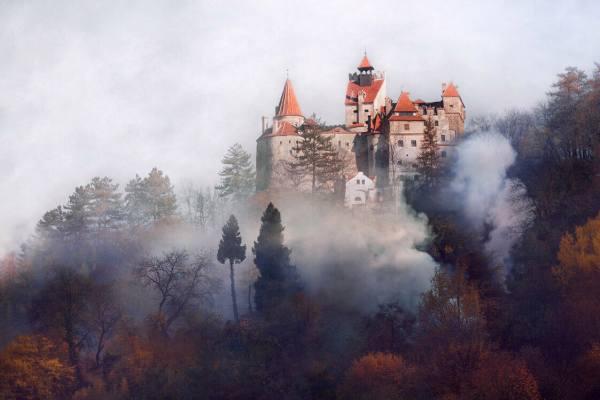 где находится замок Дракулы