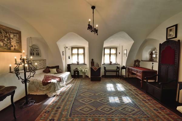 спальня Дракулы в его замке