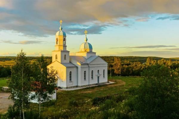 православный храм в Подпорожье ЛО