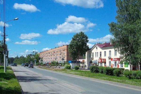 вид на улицу в городе Подпорожье